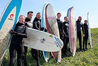 SURFING-SCHOOL-IN-ICELAND-02.jpg