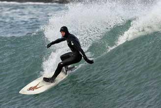 SURFING-ICELAND-REYKJANES-PENINSULA-02.jpg