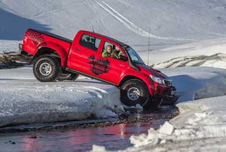 ARCTIC-TRUCKS-DRIVING-instruction-01.jpg