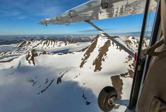 circle-air-akureyri-troll-mountains-highlands-and-glaciers-03.jpg
