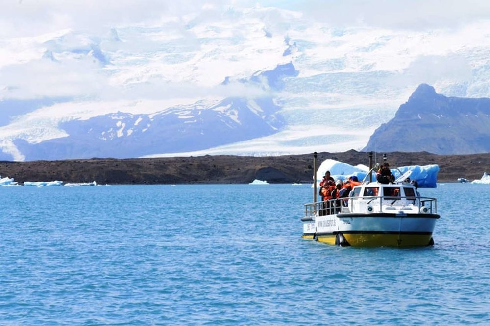 glacier-lagoon-and-south-coast_16_Easy-Resize.com.jpg