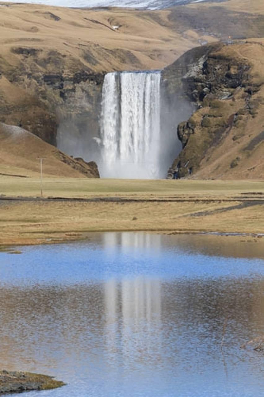 south-coast-and-eyjafjallajokull-volcano_13_Easy-Resize.com.jpg