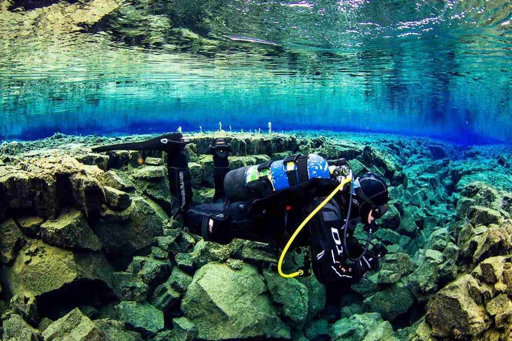 scuba_iceland_silfra_diving_lena-1600x1066_Easy-Resize.com.jpg