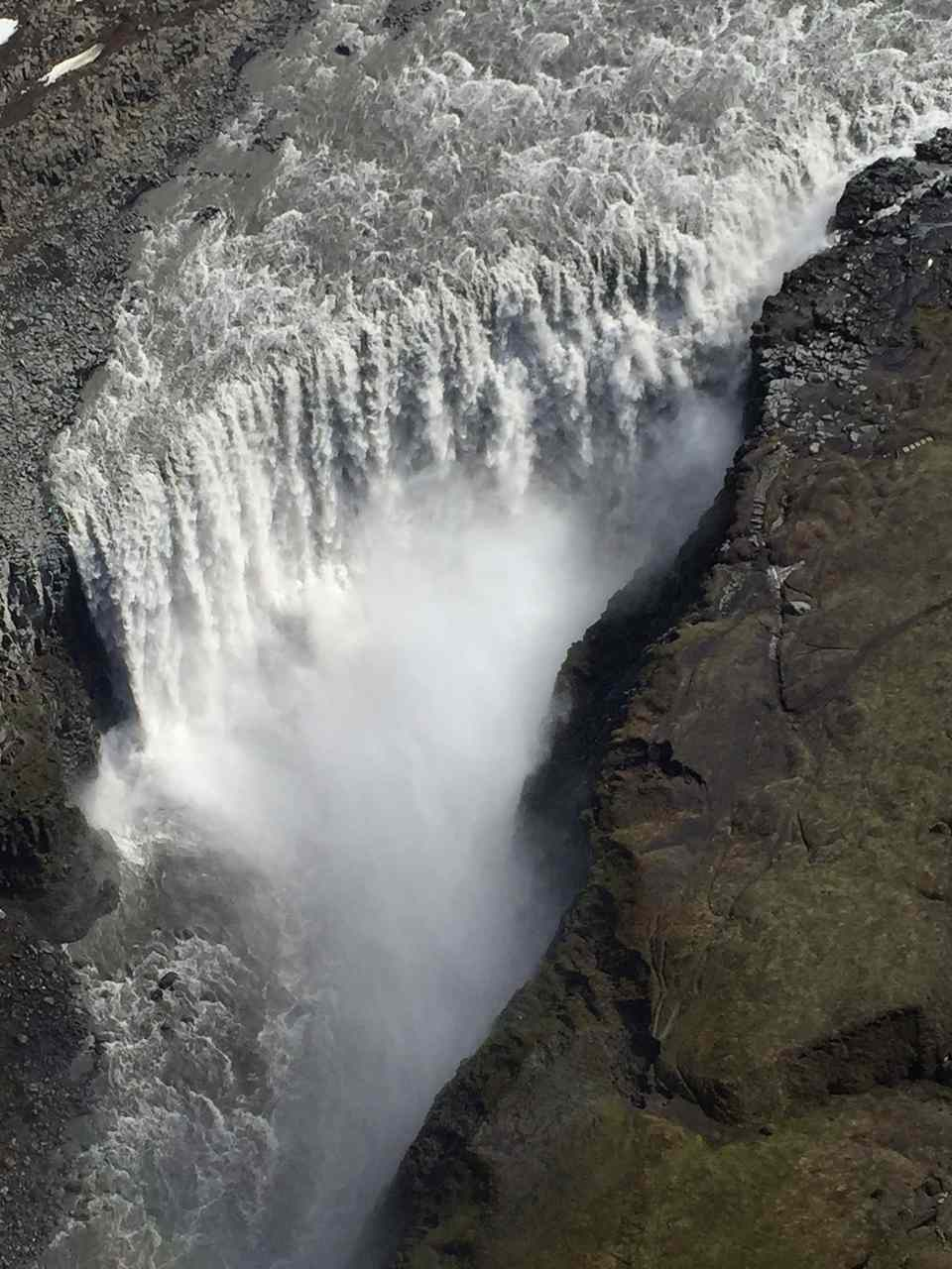 Dettifoss_Jun_16_Easy-Resize.com.jpg