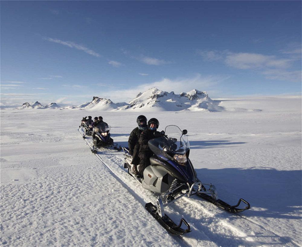 Snowmobile-Mountaineers_Easy-Resize.com.jpg