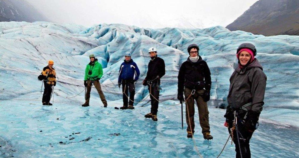 Glacier-hike_Easy-Resize.com.jpg