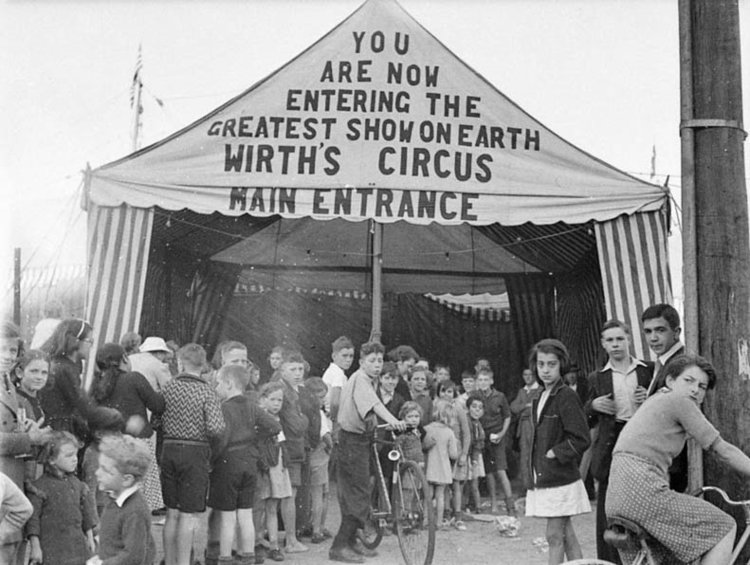 Wirth's circus, April 11, 1941 - Image source National Film & Sound Archive