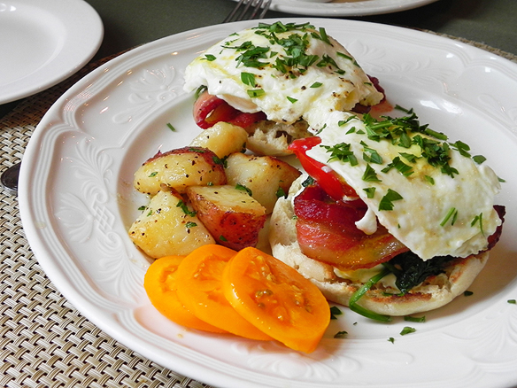 Breakfast BLT with Fried Eggs Inn on Negley