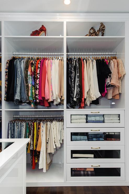 closet-walkin1.jpg