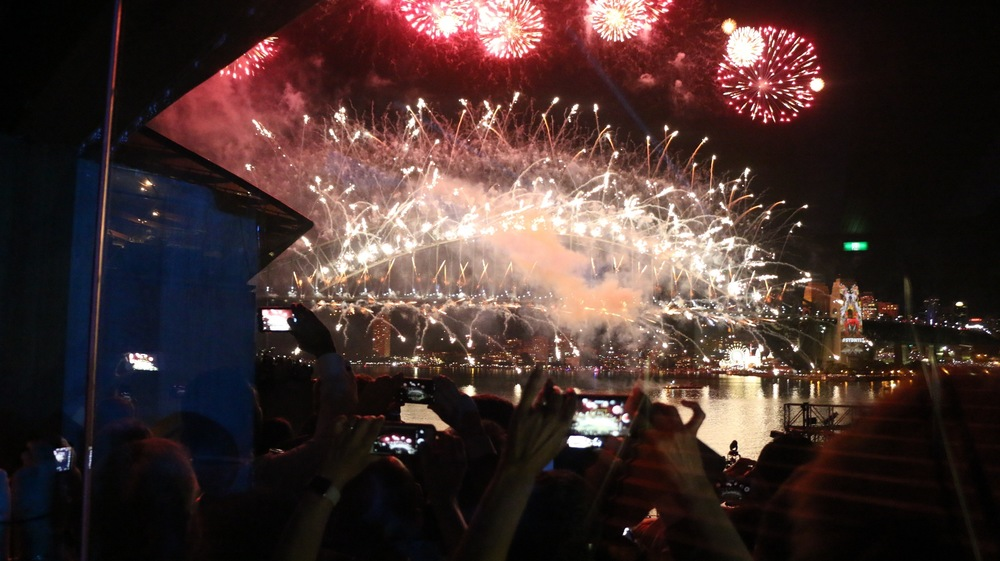 Fireworks on the Harbour bridge, NYE 2015