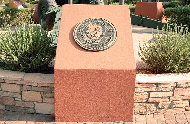 vets-memorial-navy-seal_1392.jpg