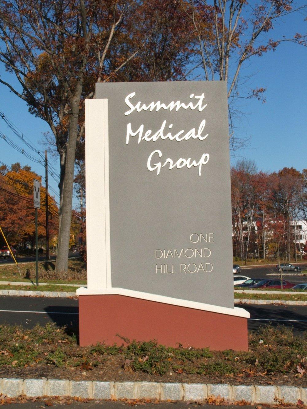 Summit Medical Group.jpg