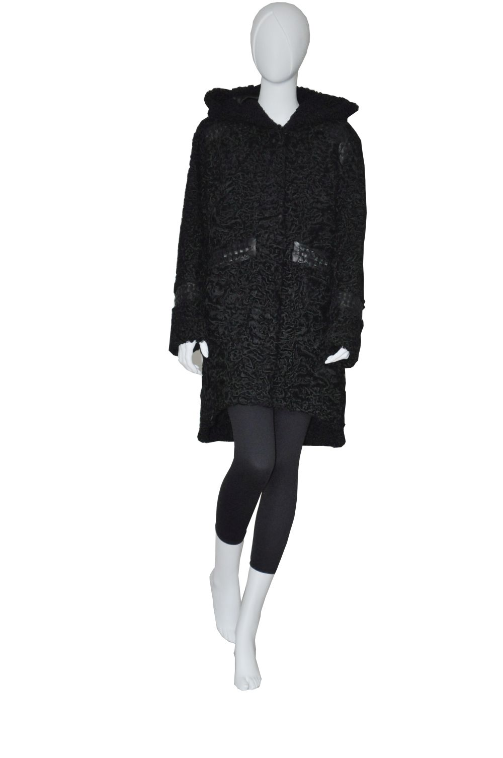 Black_karakul_stroller_restyling_remodeling_royal_fur_club1000x1506