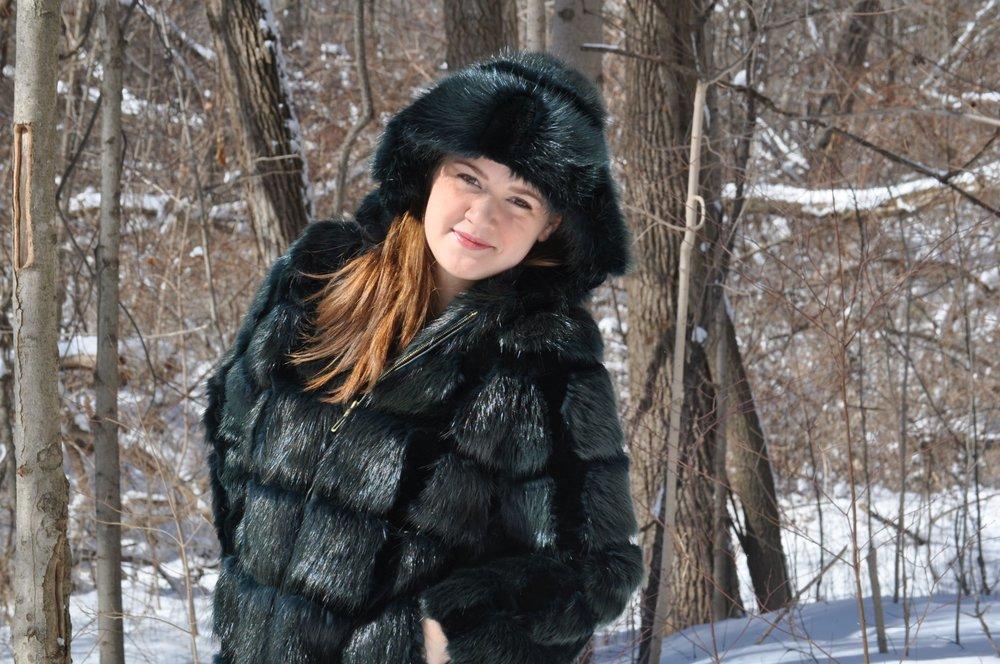 beaver_fur_jacket_for_sale_royal_fur_club_emerald_fur_jackets_2500x1660