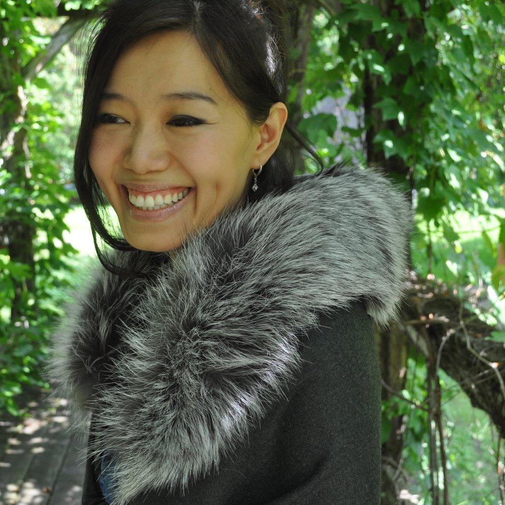 cashmere_shawl_silver_fox_fur_trim 2.jpg