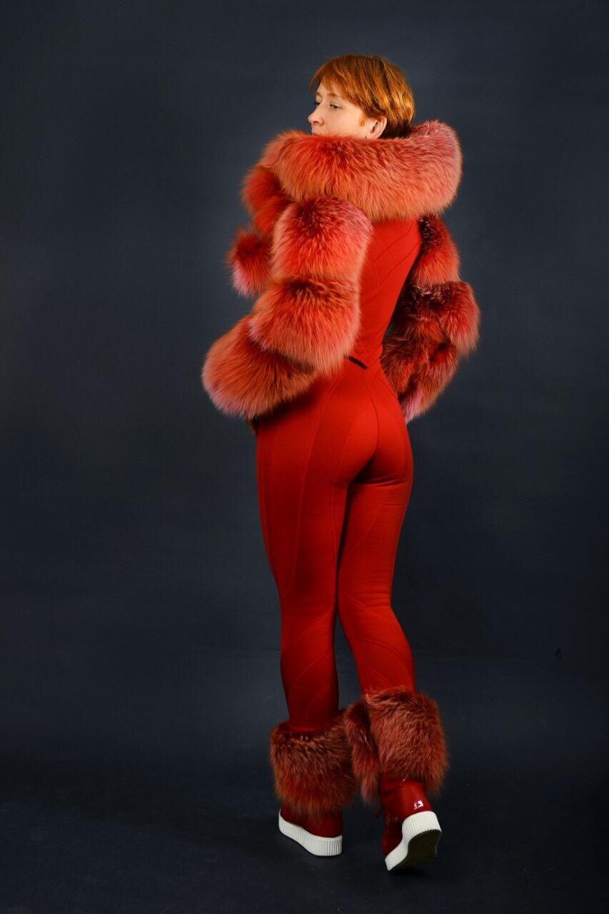 red_snowsuit_natural_red_fox_fur_royalfurclub2.JPG