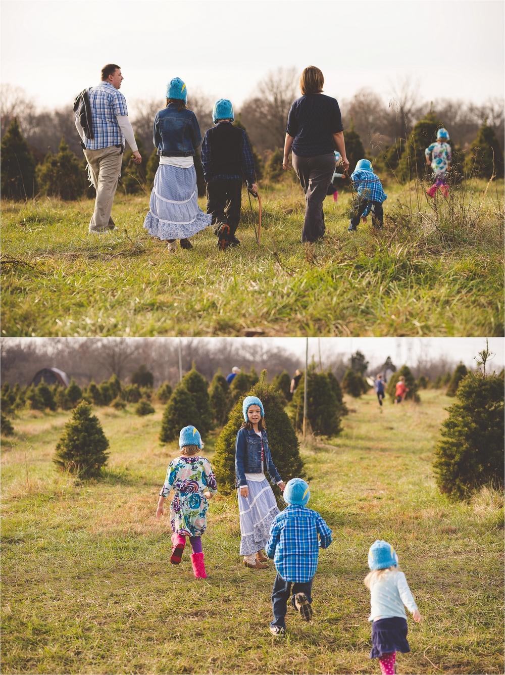 christmas-tree-farm-session-pnw-jannicka-mayte_0001.jpg