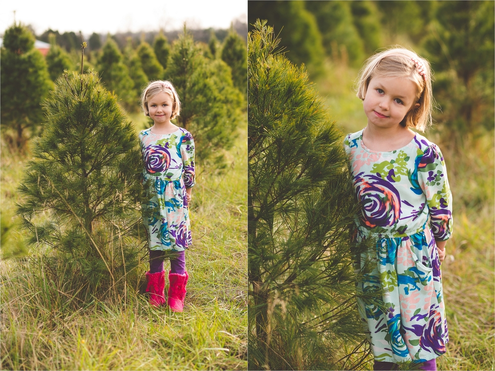 christmas-tree-farm-session-pnw-jannicka-mayte_0031.jpg