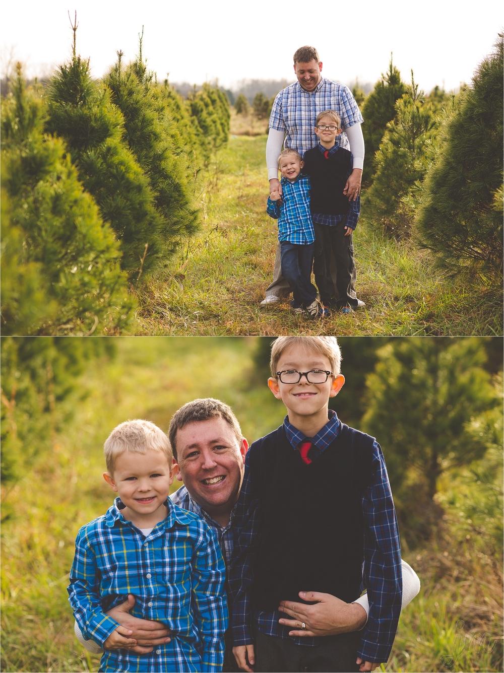christmas-tree-farm-session-pnw-jannicka-mayte_0052.jpg