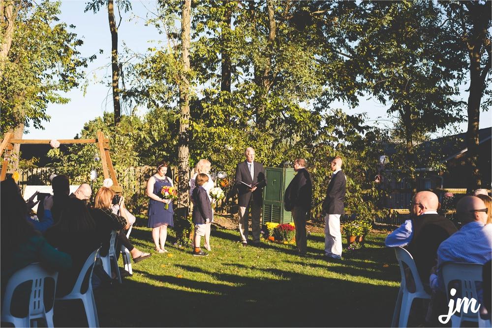 backyard-wedding-pacific-northwest-photographer-jannicka-mayte_0012.jpg