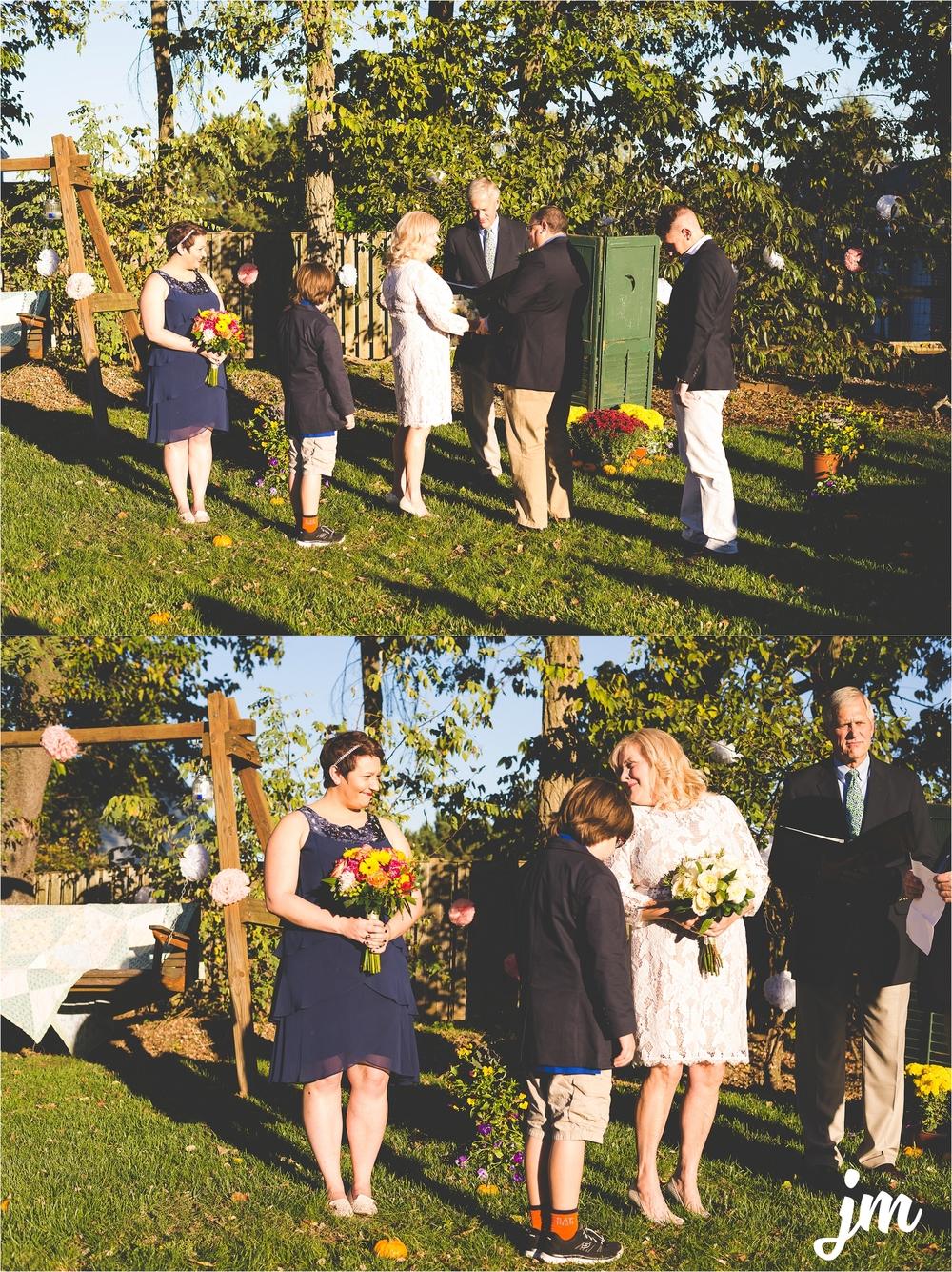backyard-wedding-pacific-northwest-photographer-jannicka-mayte_0013.jpg