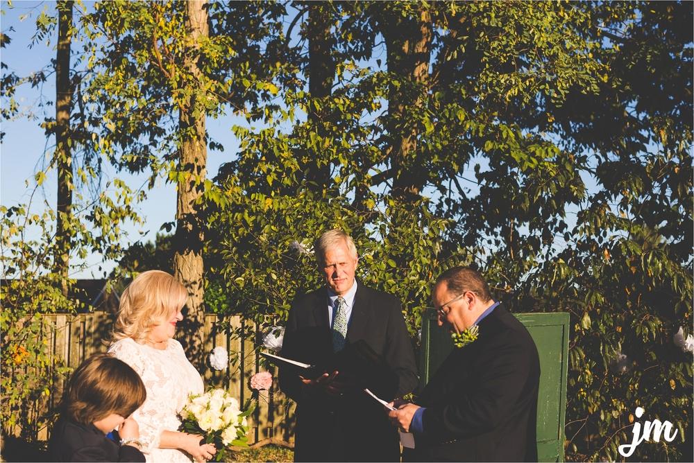 backyard-wedding-pacific-northwest-photographer-jannicka-mayte_0015.jpg