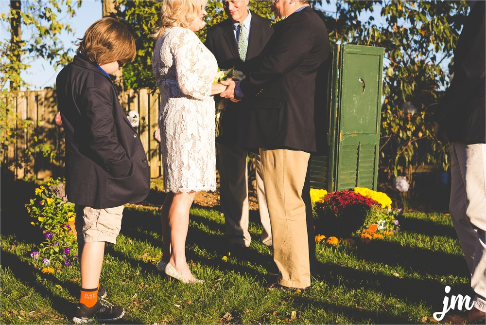 backyard-wedding-pacific-northwest-photographer-jannicka-mayte_0018.jpg