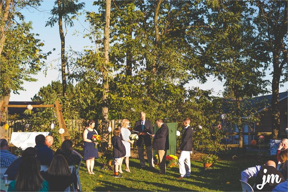 backyard-wedding-pacific-northwest-photographer-jannicka-mayte_0017.jpg