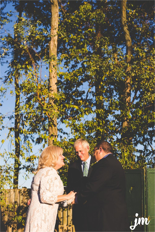 backyard-wedding-pacific-northwest-photographer-jannicka-mayte_0019.jpg