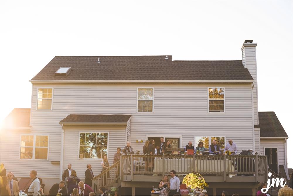 backyard-wedding-pacific-northwest-photographer-jannicka-mayte_0029.jpg