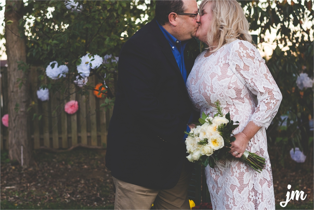 backyard-wedding-pacific-northwest-photographer-jannicka-mayte_0041.jpg