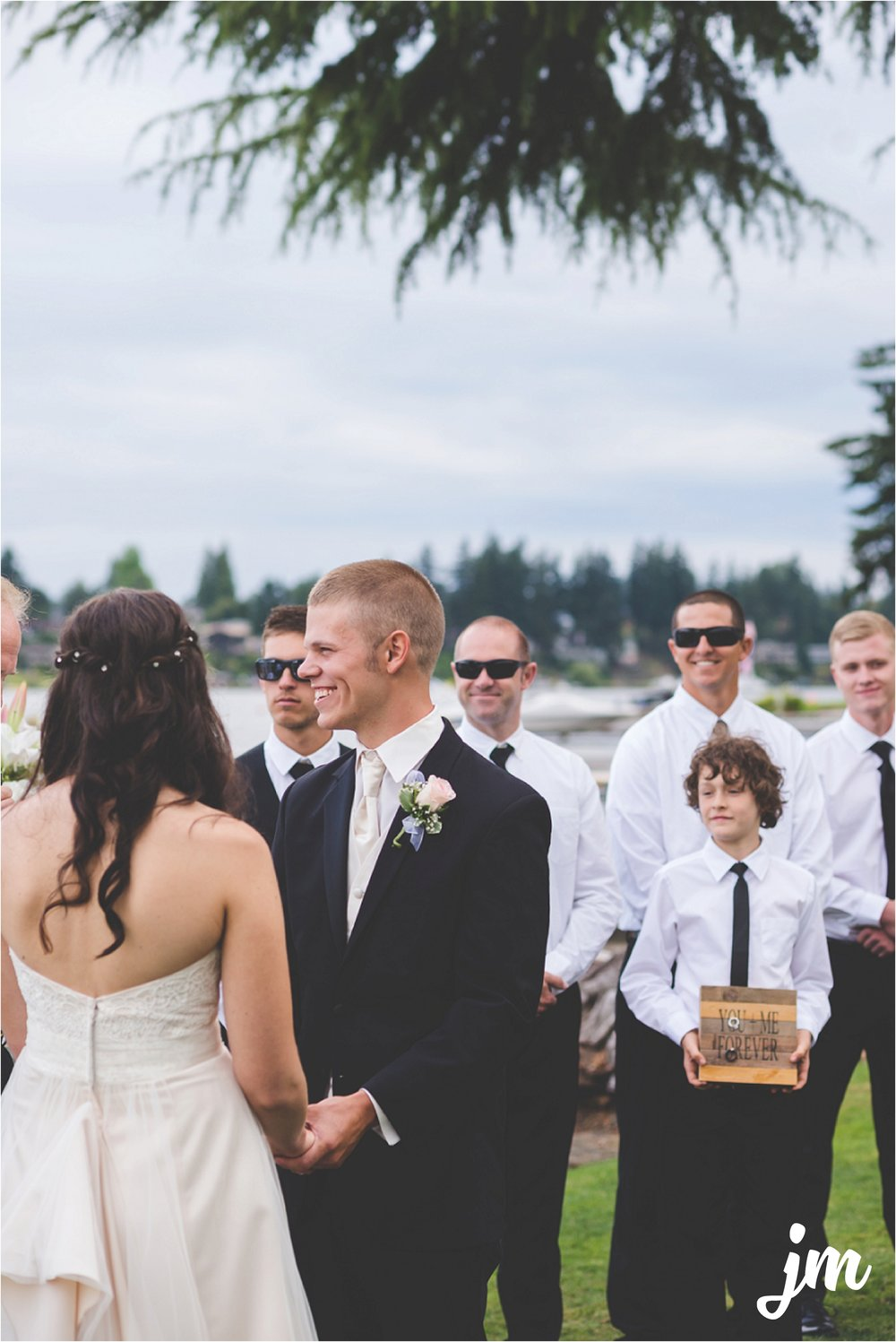 jannicka-mayte-intimate-backyard-lake-wedding-kent-wa-pacific-northwest-wedding-photographer_0046.jpg