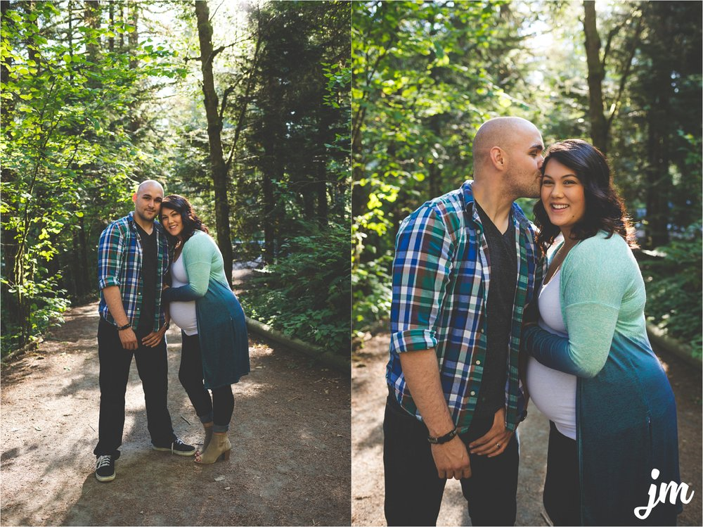 jannicka-mayte-moulton-falls-park-maternity-session-pacific-northwest-lifestyle-photographer_0001.jpg