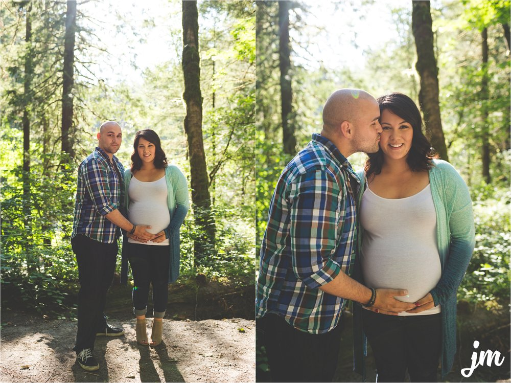 jannicka-mayte-moulton-falls-park-maternity-session-pacific-northwest-lifestyle-photographer_0006.jpg