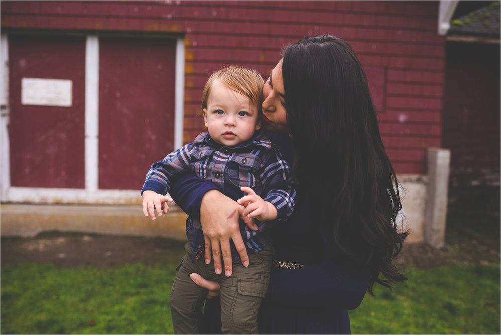 fort-steilacoom-park-family-session-jannicka-mayte-pacific-northwest-lifestyle-photographer_0011.jpg