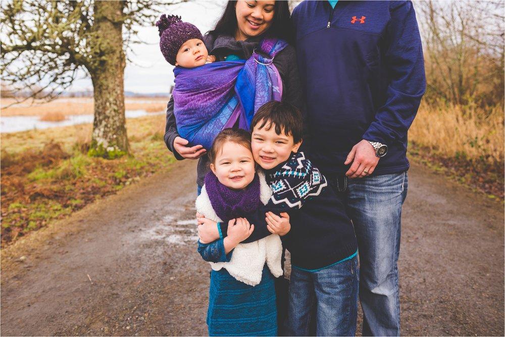 nisqually-wildlife-refuge-family-session-jannicka-mayte-olympia-wa-family-photographer_0003.jpg