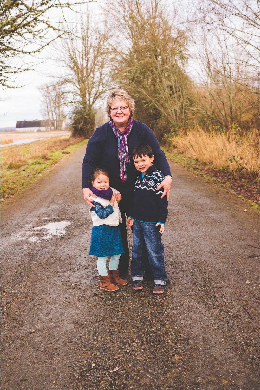 nisqually-wildlife-refuge-family-session-jannicka-mayte-olympia-wa-family-photographer_0007.jpg