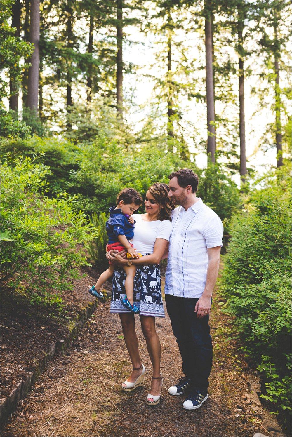 hoyt-arboretum-family-session-jannicka-mayte-portland-oregon-family-photographer_0001.jpg