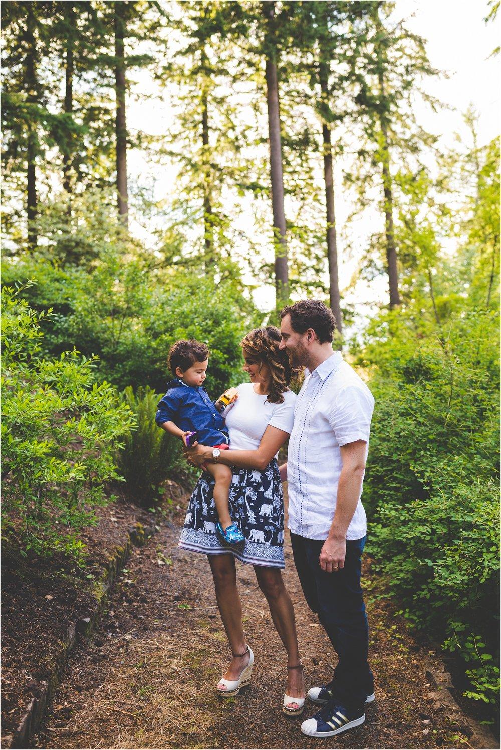 hoyt-arboretum-family-session-jannicka-mayte-portland-oregon-family-photographer_0004.jpg