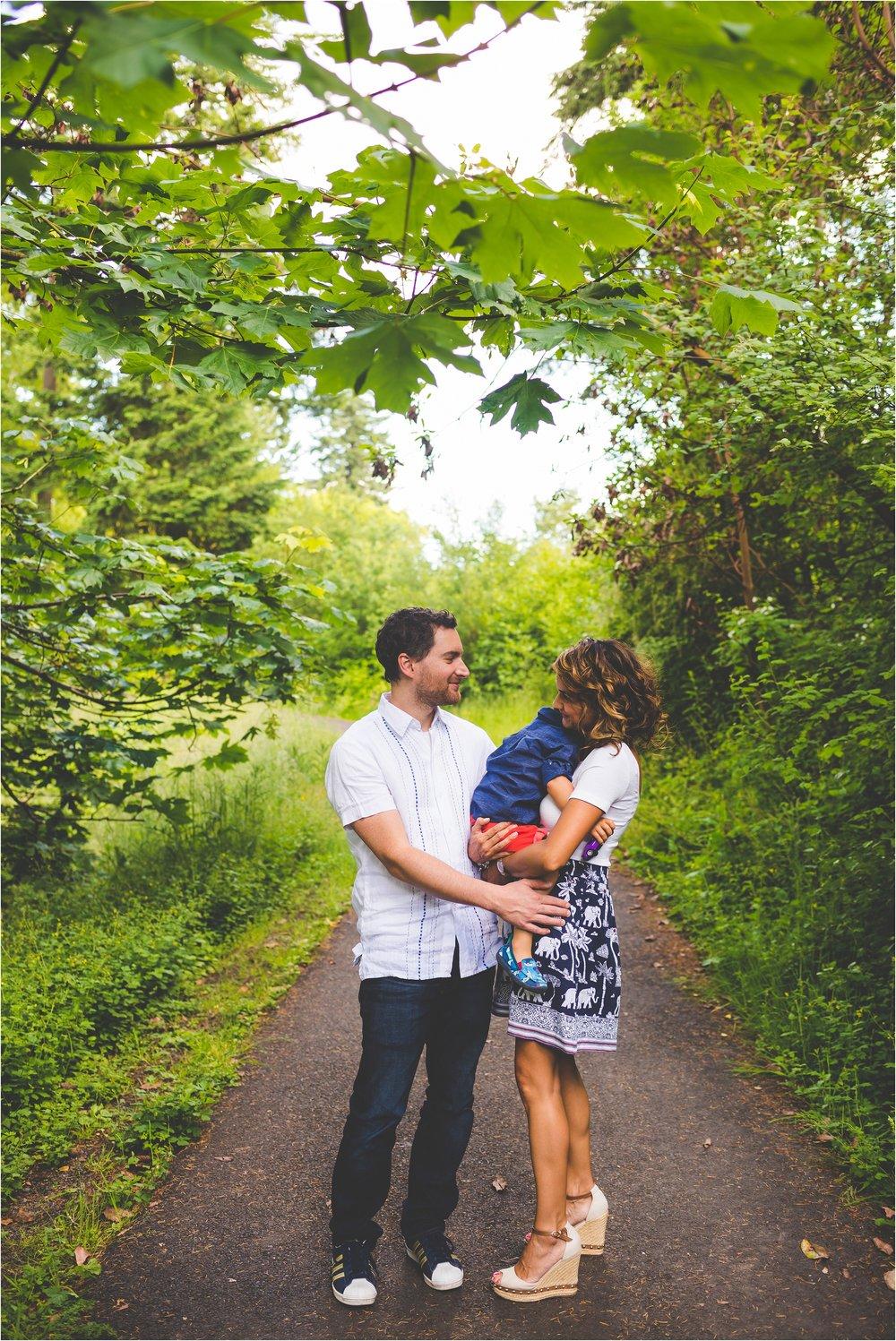 hoyt-arboretum-family-session-jannicka-mayte-portland-oregon-family-photographer_0020.jpg