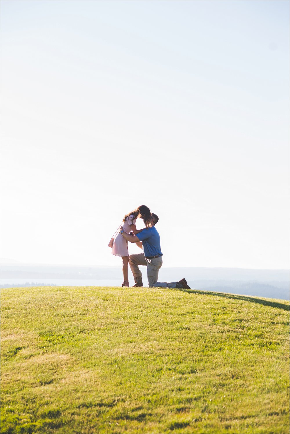 newcastle-golf-club-proposal-jannicka-mayte-seattle-washington-engagement-wedding-photographer_0004.jpg