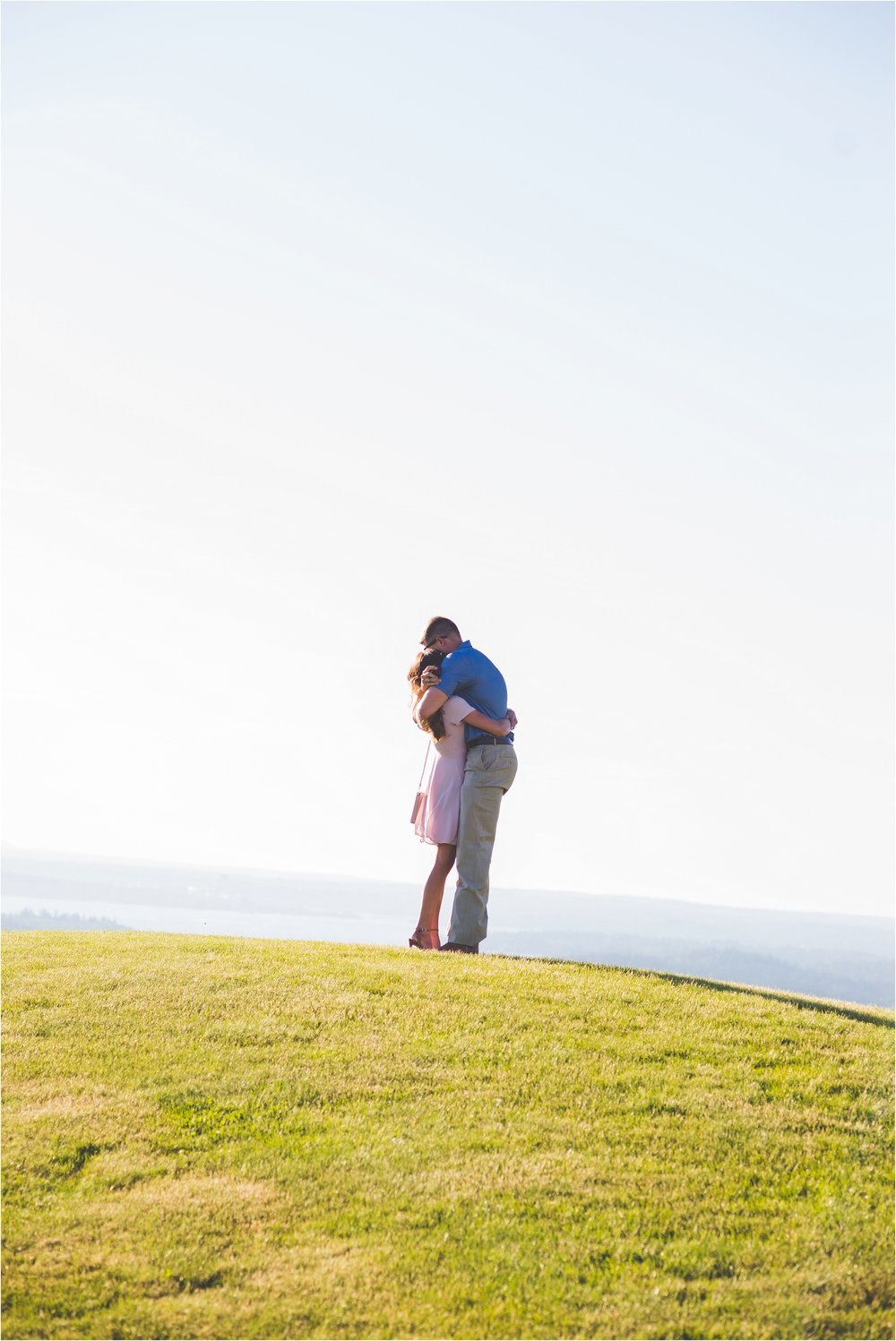newcastle-golf-club-proposal-jannicka-mayte-seattle-washington-engagement-wedding-photographer_0006.jpg