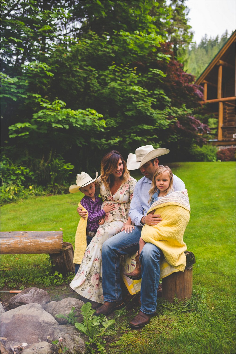 mount-rainier-family-session-jannicka-mayte-anchorage-alaska-seattle-washington-family-photographer_0010.jpg