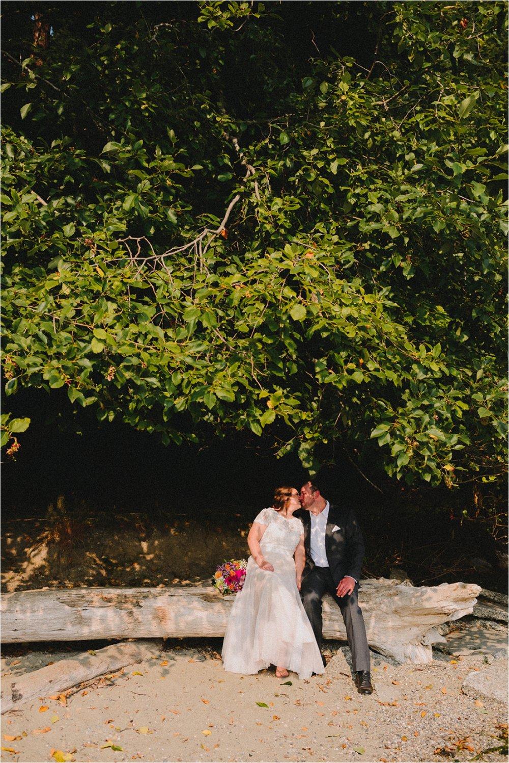 owen-beach-priest-point-park-tacoma-washington-elopement-jannicka-mayte-anchorage-alaska-wedding-elopement-photographer (6).jpg