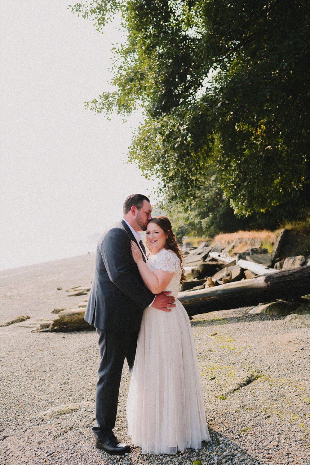 owen-beach-priest-point-park-tacoma-washington-elopement-jannicka-mayte-anchorage-alaska-wedding-elopement-photographer (11).jpg