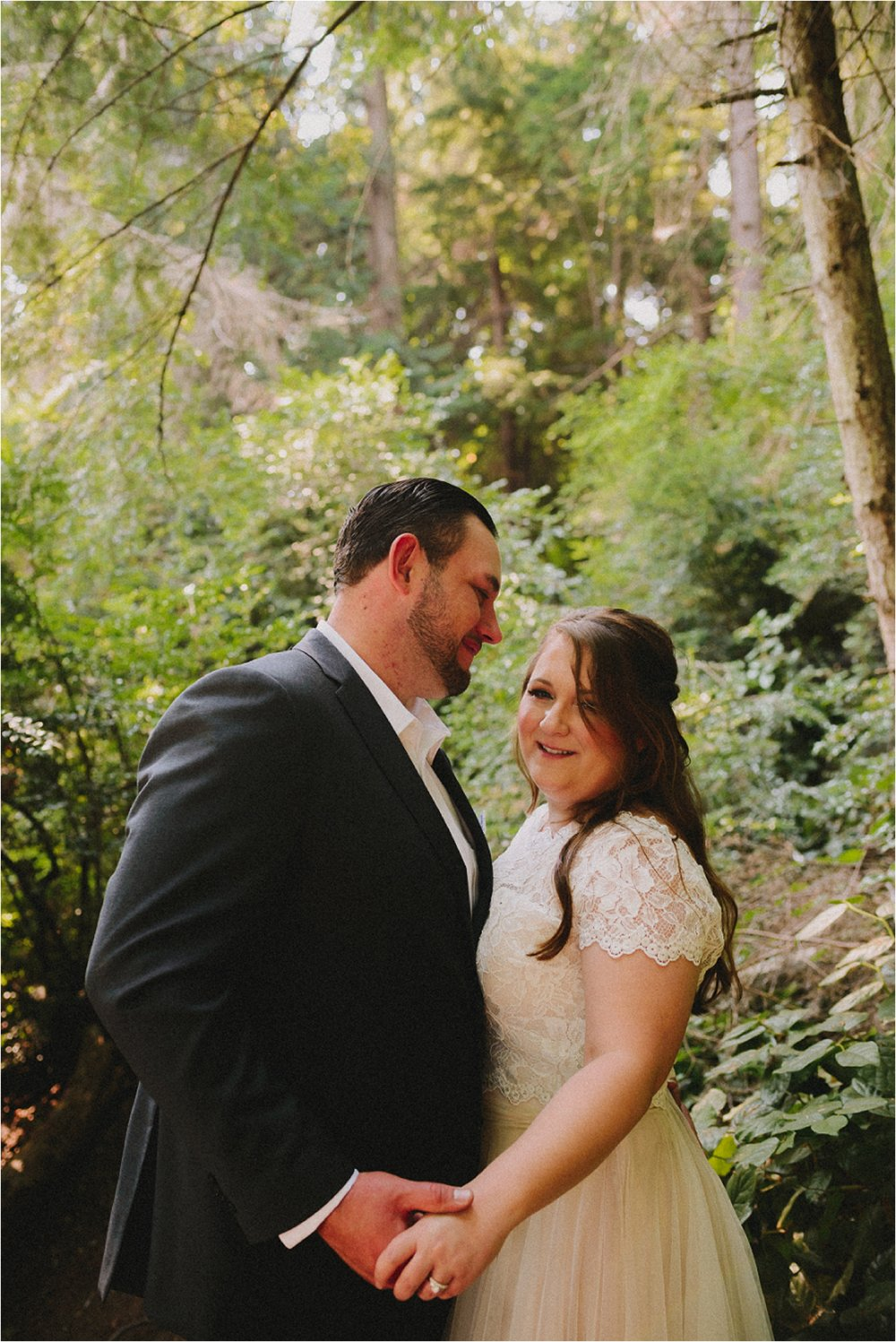 owen-beach-priest-point-park-tacoma-washington-elopement-jannicka-mayte-anchorage-alaska-wedding-elopement-photographer (31).jpg