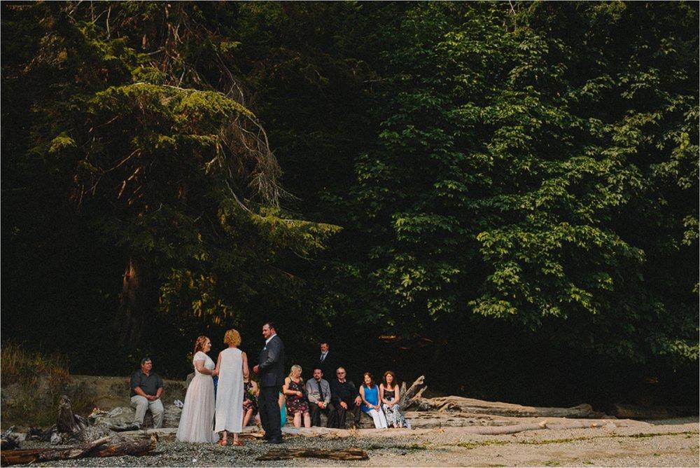 owen-beach-priest-point-park-tacoma-washington-elopement-jannicka-mayte-anchorage-alaska-wedding-elopement-photographer (34).jpg