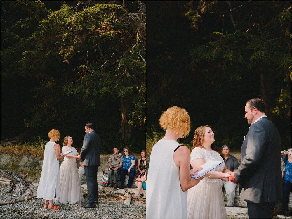 owen-beach-priest-point-park-tacoma-washington-elopement-jannicka-mayte-anchorage-alaska-wedding-elopement-photographer (42).jpg