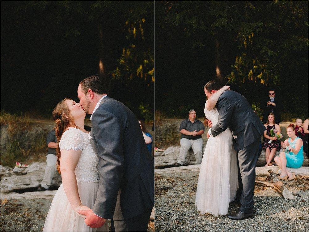 owen-beach-priest-point-park-tacoma-washington-elopement-jannicka-mayte-anchorage-alaska-wedding-elopement-photographer (44).jpg