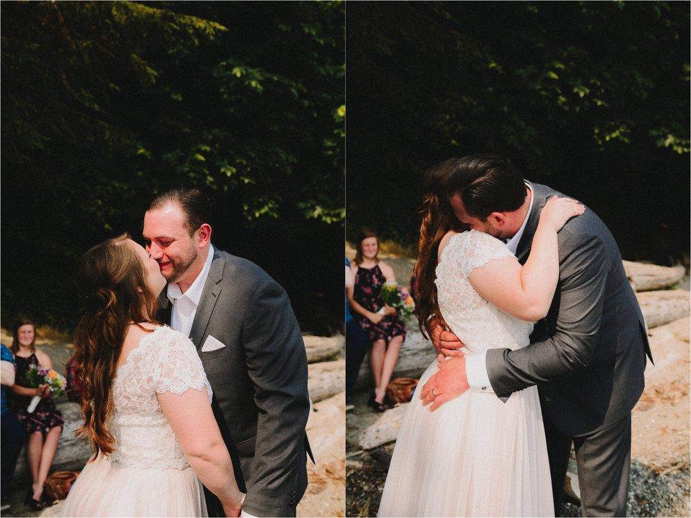owen-beach-priest-point-park-tacoma-washington-elopement-jannicka-mayte-anchorage-alaska-wedding-elopement-photographer (46).jpg